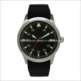 Acciaio inossidabile del braccio con l'orologio luminoso degli uomini dell'elastico