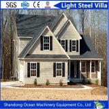 Chalet de acero ligero favorable al medio ambiente hecho de la estructura de acero ligera con el panel de revestimiento hermoso de la pared