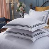 卸し売り白く明白なPercaleのホテルの寝具の平野のホテルの寝具