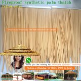 Il tetto di plastica della palma del Thatch sintetico artificiale a prova di fuoco del Thatch Thatched la capanna dei Maldives Tiki della Camera