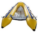 Taille gonflable 300-360cm de bateau de V de côte transparente de coque
