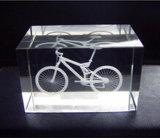 Premio inciso laser Polished in bianco di cristallo 3D per il ricordo