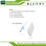 Cargador de teléfono móvil portátil con cable incorporado