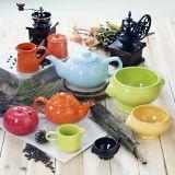 glassa solida della tazza di ceramica 11oz con il disegno impresso dei puntini