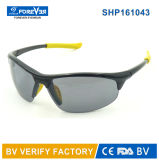 Les lunettes de soleil de recyclage de sport de la bonne qualité Shp161043 ont polarisé la lentille