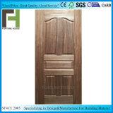 実質のSapeliの純木のベニヤMDF HDFのドアの皮