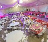 tienda de alineación de la boda de la decoración del 15*40m con la lámpara