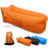 屋外の昇進の膨脹可能なハンドアウトの不精な空気スリープの状態であるソファー袋