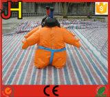 苦闘するゲームのためのSumoの膨脹可能なスーツ