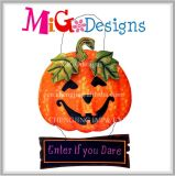 New Design Metal Halloween Pumpkin Hanging Sign Wall Decor