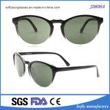 Runde Form-Sonnenbrillen für Frauen und Männer am Sommer