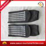Hotel-Socken mit Firmenzeichen des grauen Farben$-Abnehmers