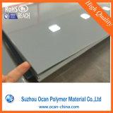 Haut brillant opaque de couleur gris feuille PVC rigide en plastique dur pour le froid la flexion