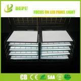 銀および白いフレーム50W 60W 2X4のセリウムTUV Dlc LEDの天井板ライトとのフラットパネル100lm/W