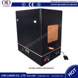 Machine de gravure de laser de fibre travaillant à l'Identifing des appareils médicaux