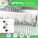 Exklusiver Bambusterry-Hypoallergenic Bett-Programmfehler-Beweis-wasserdichte Baby-Krippe-Matratze