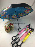 Umschaltbarer Regenschirm mit Karikatur-Entwürfen