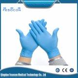 Медицинская перчатка рассмотрения нитрила, латекс освобождает, пудрит свободно перчатки нитрила