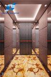 Elevatore ed elevatore domestici con la piccola stanza della macchina