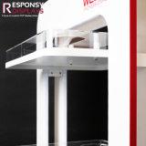 Suelo modificado para requisitos particulares 3 capas del metal y visualización cosmética de madera y de acrílico del Multi-Material del soporte de visualización con 4 ruedas