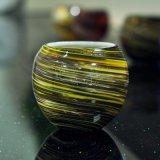 Suporte de vela de vidro colorido redemoinho