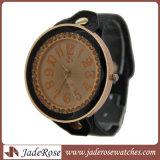 Neue Art-Form-Leder-Band-Armbanduhr-Uhr-passen vollständige Verkaufs-Uhr an