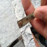 中国Flamed Spray White Granite TilesかStair Steps/Flooring TilesのためのSlabs