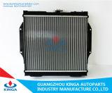 Alto radiador de enfriamiento del coche del funcionamiento para Mitsubishi Pajero V31/V32 92-96 Mt