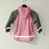 Куртка дождя PU твердого пинка отражательная для детей/младенца
