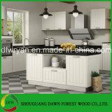 Keukenkast van de Prijs van de Fabriek van de Keukenkast van het Meubilair van de Keuken van de Ontwerpen van de Keukenkast van pvc de Witte Houten