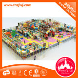 Campo de jogos interno do castelo impertinente comercial plástico para a alameda de compra