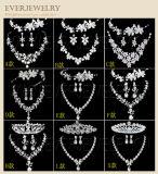 卸し売りハンドメイドの真珠およびラインストーンの結婚式の毛のアクセサリ