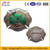 Insigne personnalisé en métal de forme de trèfle de qualité
