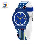 Colores de plástico de silicona de alta calidad relojes de cuarzo para niños