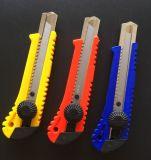 Utilidad de plástico Snap off cuchillo con cómodo manejar sentimiento