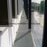 فولاذ [غرتينغ] منفذة يستعمل ممشى لأنّ بشكل ملائم