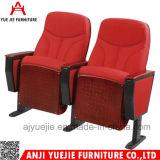 2017 새로운 디자인 강당은 의자 Yj1609에 자리를 준다
