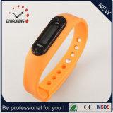 Preiswerte Förderung-Silikon-Pedometer-Uhr/Pedometer-Armband