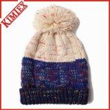 Chapeau de crâne tricoté chaud à l'hiver