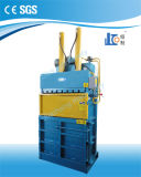Presse à emballer de rebut hydraulique de tissu de la qualité Vmd40-11070