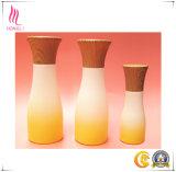 مستحضر تجميل غنيّ بالألوان زجاجة زجاجيّة [كرم] ومرطبان مع غطاء خيزرانيّ خشبيّة