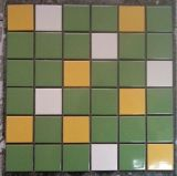 Facile installer la tuile de mosaïque en céramique de tuiles de mur intérieur