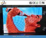 Haciendo publicidad de la pantalla que recorre de calidad superior