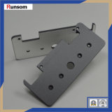 Часть изготовленный на заказ металла CNC подвергая механической обработке алюминиевая для электрического оборудования