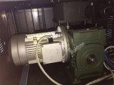 Machine remplissante et recouvrante de liquide automatique