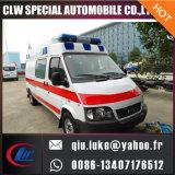 トヨタHiaceの高い屋根ICUの救急車