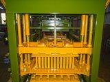 熱い販売Qt 4-25の自動コンクリートブロックの/Clayの煉瓦作成機械