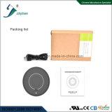 デスクトップの情報処理機能をもったコイルの無線充電器のスマートな無線充電器の黒ハウジングを選抜する
