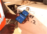 Fechamento da segurança do GPS com monitoração remota do status do fechamento do recipiente