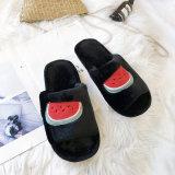 2020 Home Slippers Dames Mannen Cartoon fruit Borduursel Dames Slippers Slip-on Fluffy Fur Slippers Flip Flops Pantufa